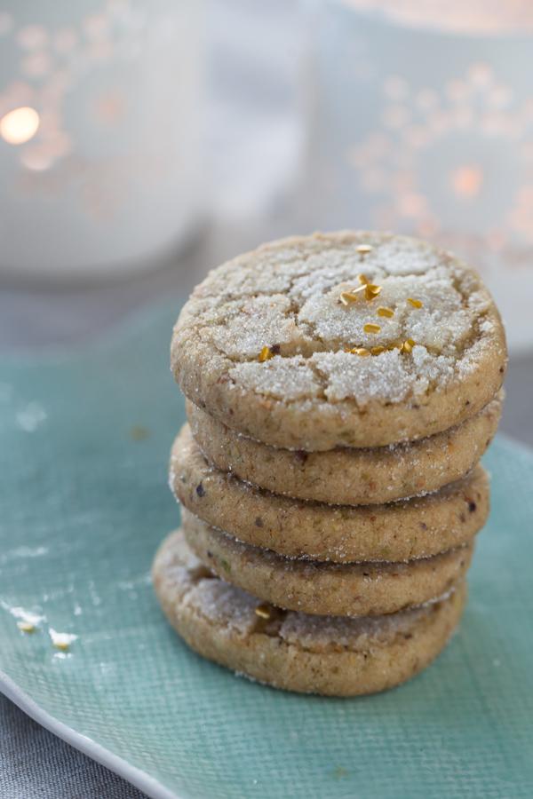 Pistachio Shortbread Cookies photography