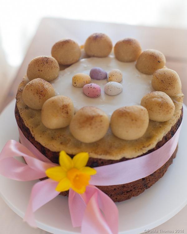Simnel Cake photography by www.paolathomas.com