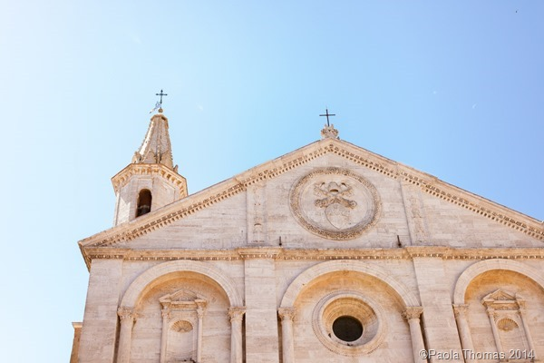 Tuscan Churches - photography by www.paolathomas.com