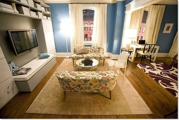 carrie bradshaw 39 s apartment love or hate mirror mirror. Black Bedroom Furniture Sets. Home Design Ideas
